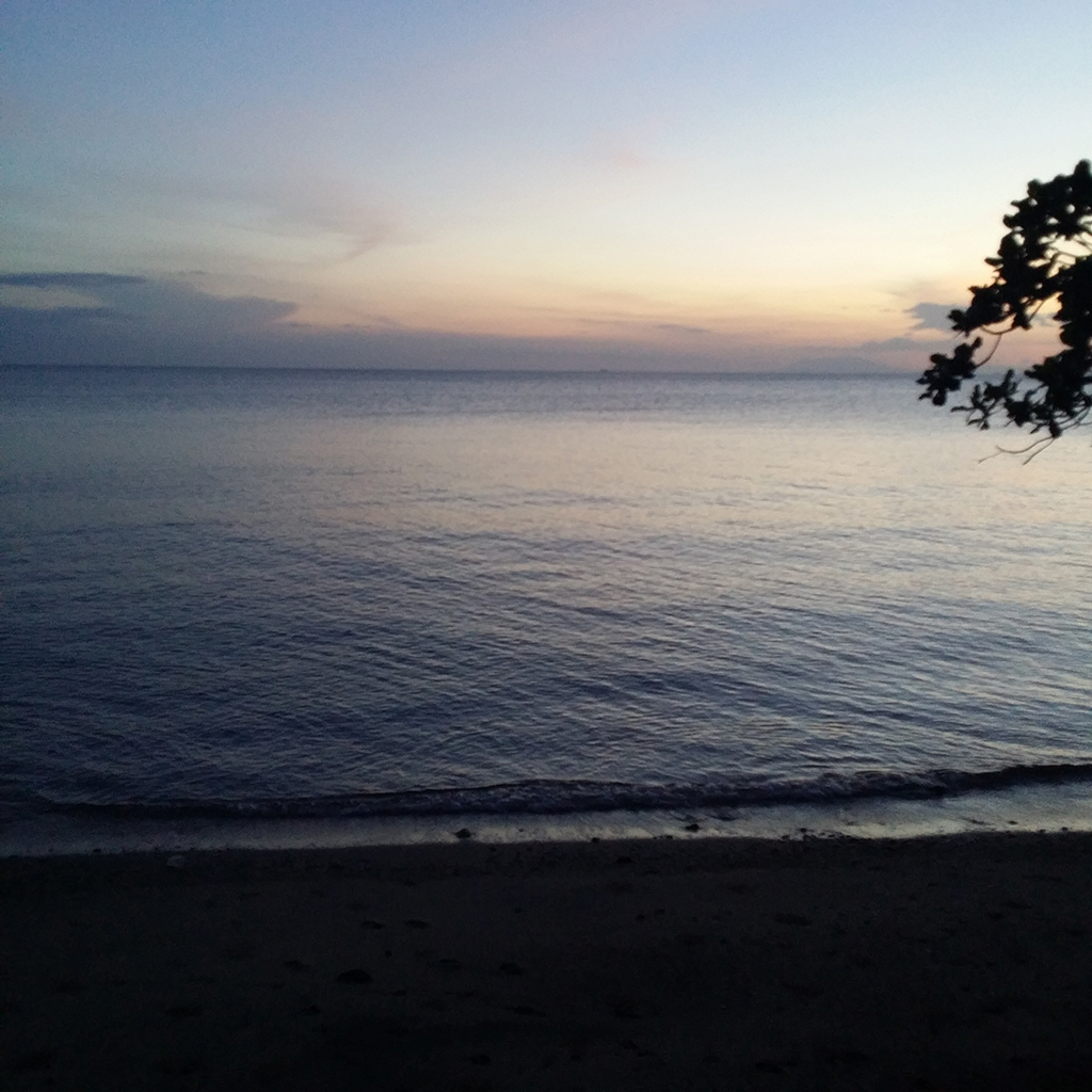 Hello, sunset at Tali Beach!